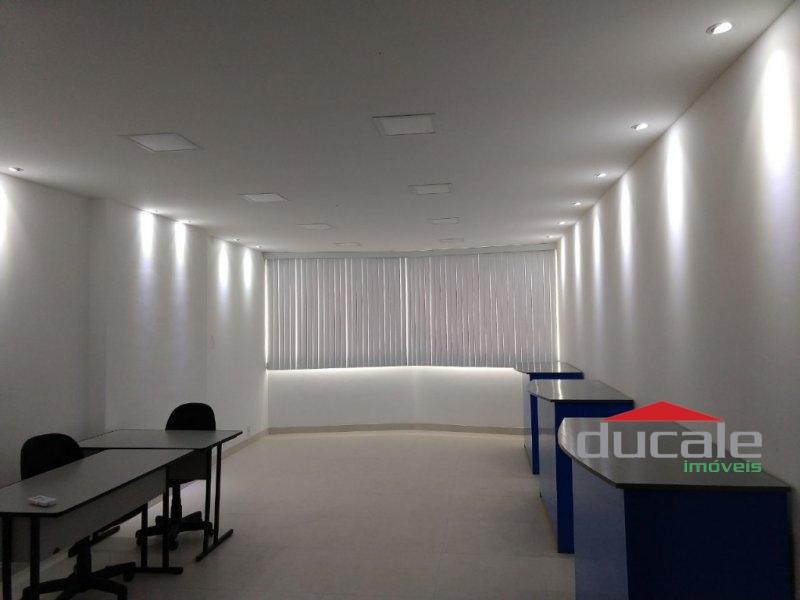 Sala comercial à venda em Laranjeiras - SA1458