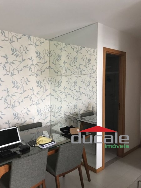 Apartamento sol da manhã suite e varanda em Bento Ferreira - AP1499