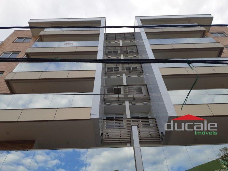 Apartamento 2 quartos suite no Ed. Madrid!! - AP1522