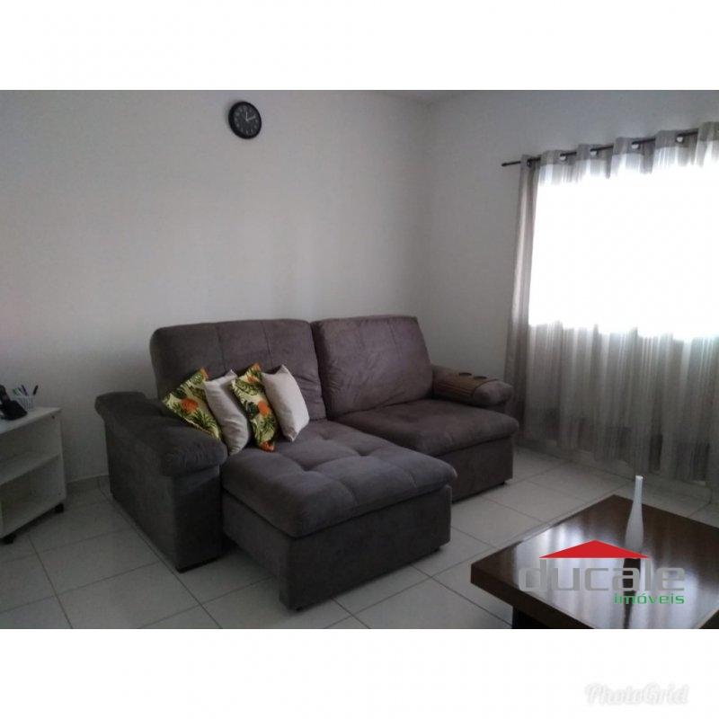 Aluga ótima casa em Manoel Plaza - CA1638