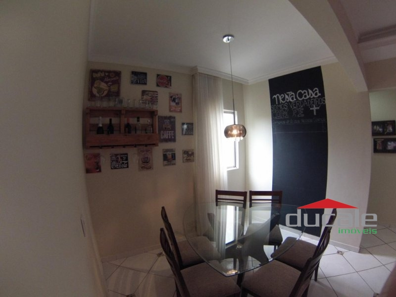 Vende bom apartamento em Jardim Camburi - AP1671