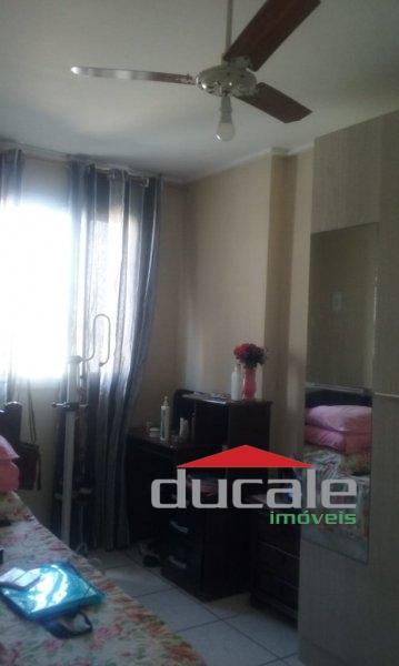 Vende apartamento com varanda na Praia de Itaparica em Vila Velha - AP1678