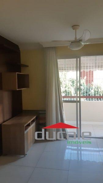 Aluga-se Apartamento em Jardim Camburi - AP1696