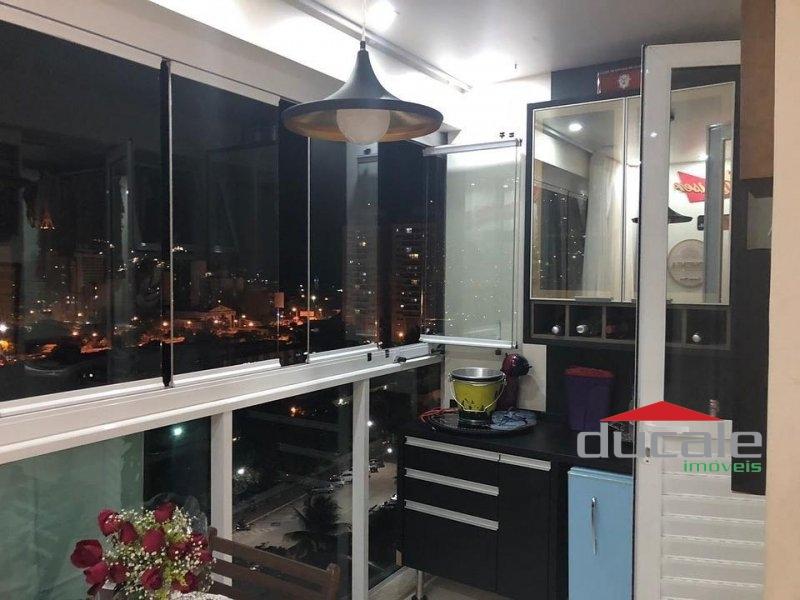 Vende apartamento com varanda em Monte Belo - AP1700