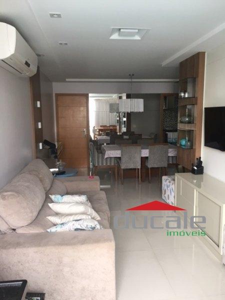 Vende Apartamento decorado com elevador em Bento Ferreira - AP1701