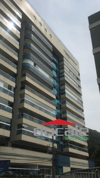 Aluga Apartamento com lazer completo na Praia da Costa - AP1712