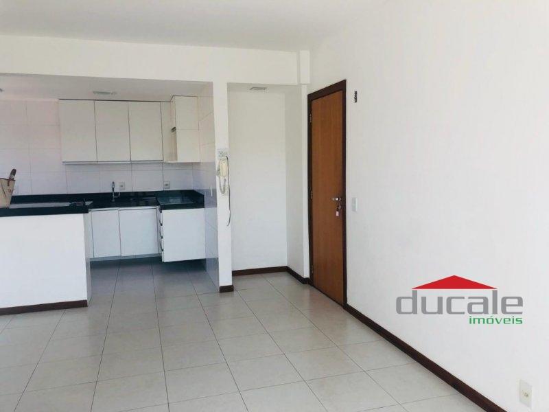 Aluga Apartamento sol da manhã com elevador em Jardim Camburi - AP1717