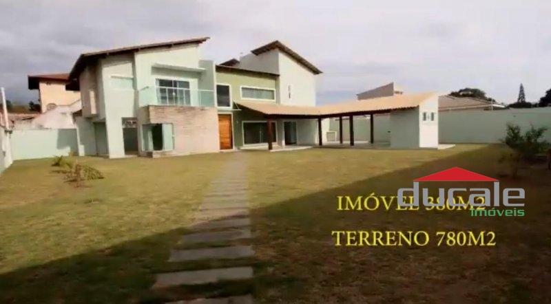 Vende Linda Casa Grande em Interlagos, Vila Velha - CA1769