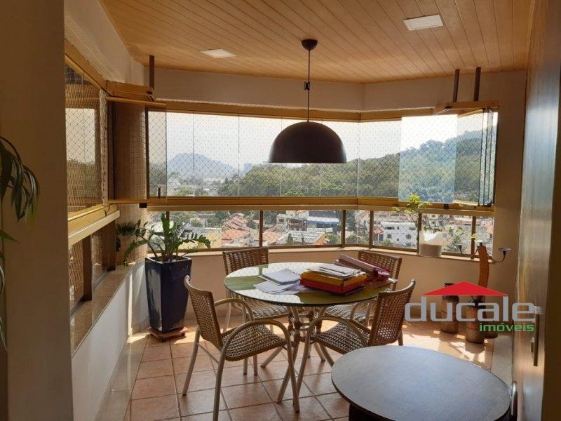 Ótimo Apartamento 220m² com Lazer completo na Praia da Costa - AP1785