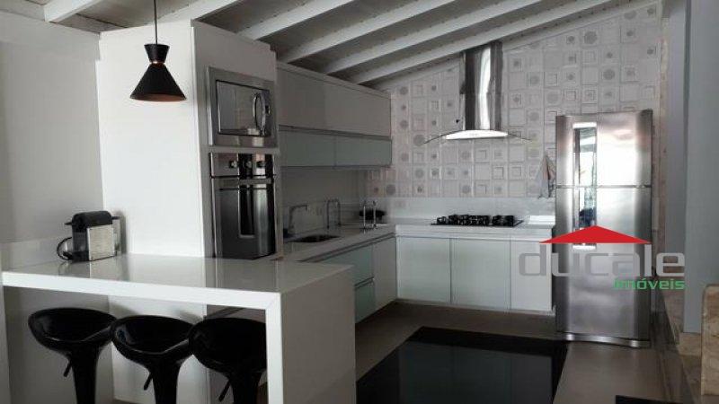 Rossi Praças Sauípe Serra ES Vende Ótimo Apartamento Térreo na Praia da Baleia - AP1856
