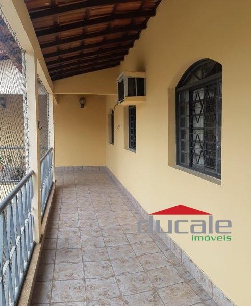 Casa Triplex em Bairro de Fátima - CA1874
