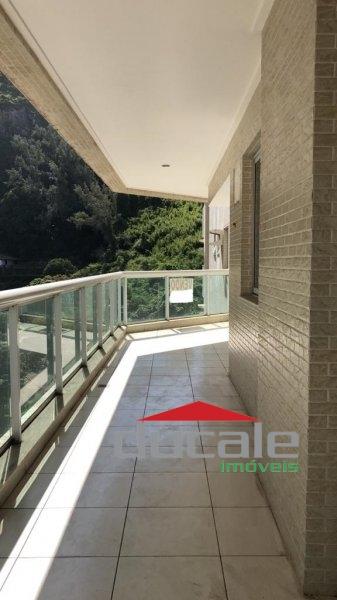 Vende lindo apartamento grande próximo à Praia da Costa - AP1960