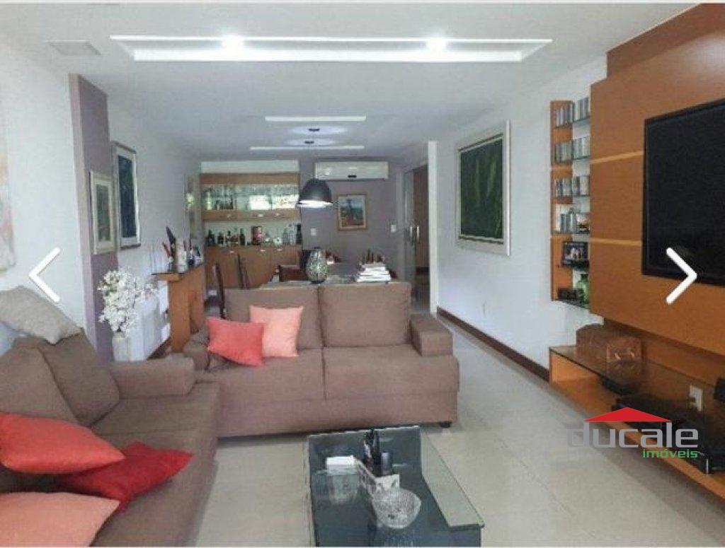Vende Apartamento de Luxo 4 quartos suítes – Praia do Canto - AP1983
