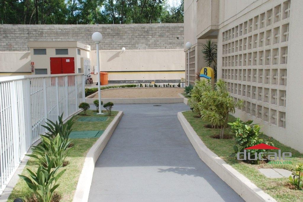 Vende apartamento 3 quartos lazer completo na Praia de Itapoã - AP2057