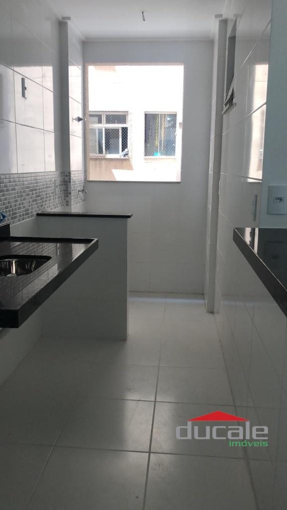 Vende Apartamento 2 qts na Praia de Itapoã - AP2059