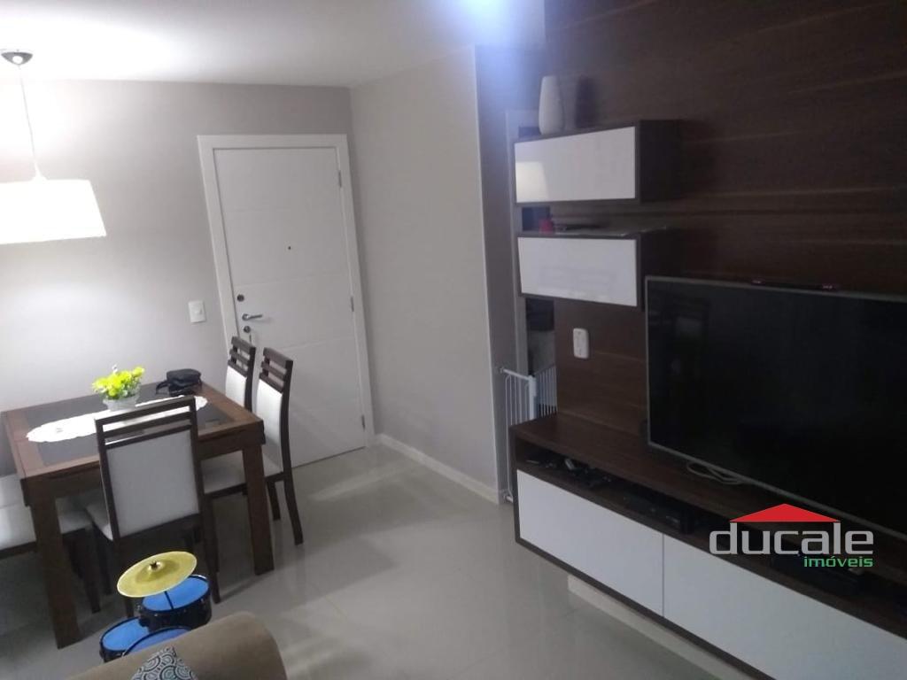 Vende apartamento sol da manhã vista para o mar de Itapoã - AP2098