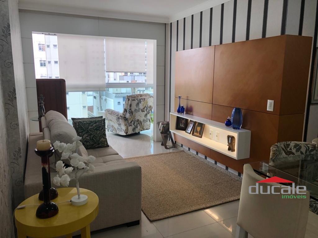 Vende apartamento porteira fechada lazer completo na cobertura na Praia da Costa - AP2111