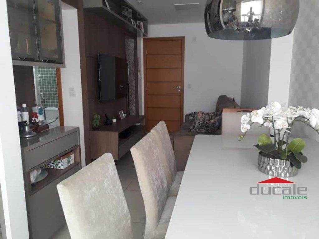 Vende apartamento 2 qts próximo a praia em Jardim Camburi - AP2118