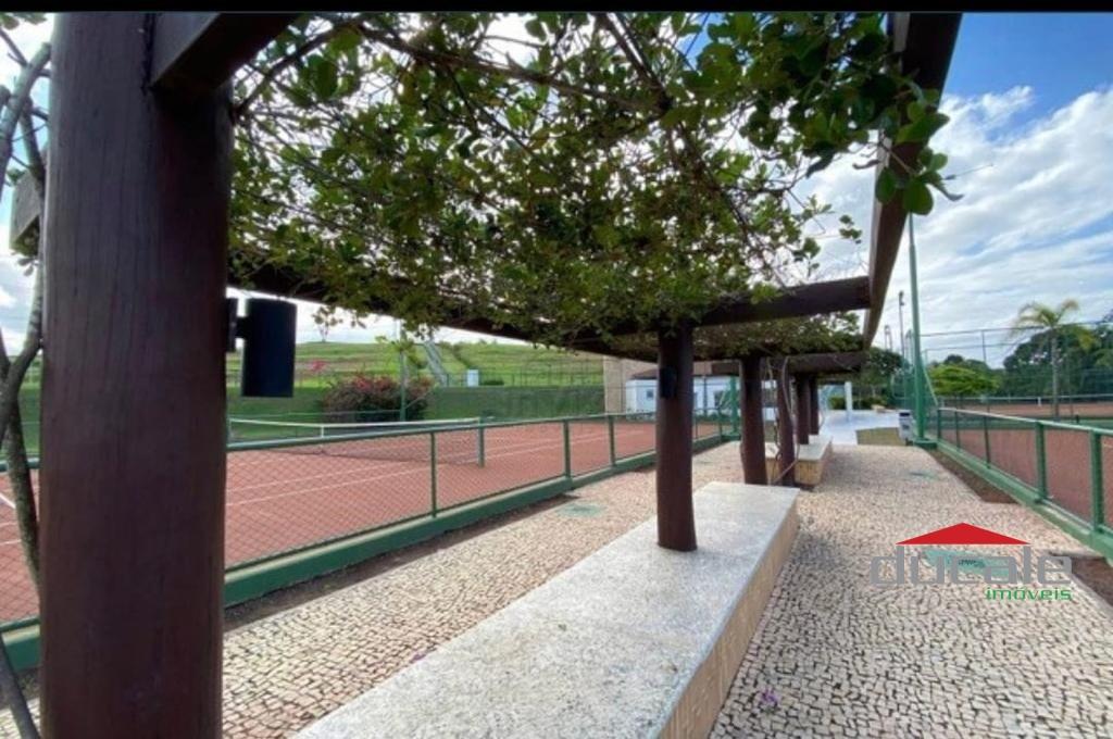 Vende-se Terreno no Condomínio Jardim Veneza em Vila Velha - TE2168