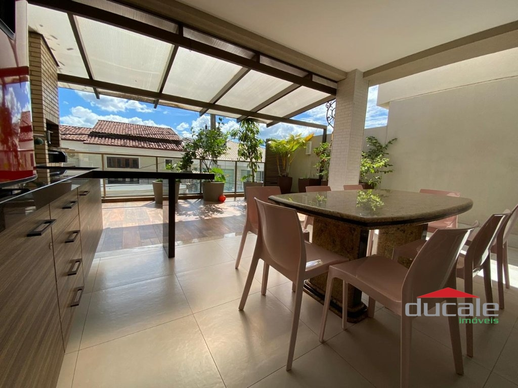 Condomínio Lorenge Bauhaus! Casa Duplex 5 qts na Mata da Praia - CA2185
