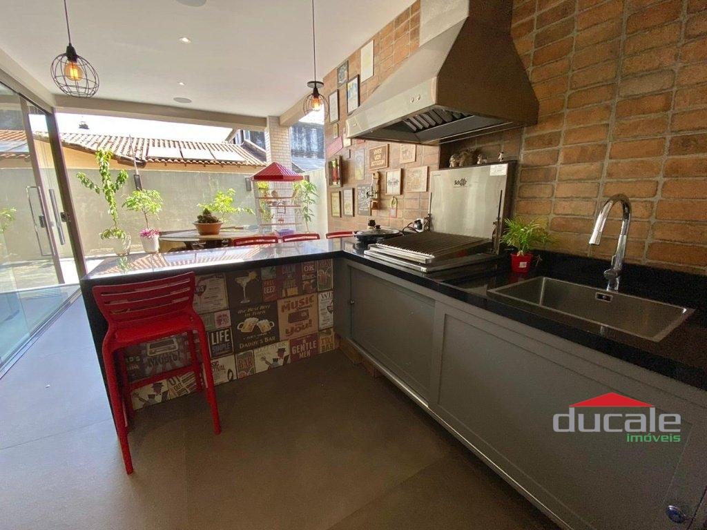 Condomínio Lorenge Bauhaus! Casa Duplex 3 qts na Mata da Praia - CA2186