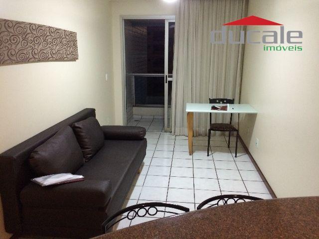 Lindo quarto e Sala (flat) com varanda Praia do Canto - FL0003