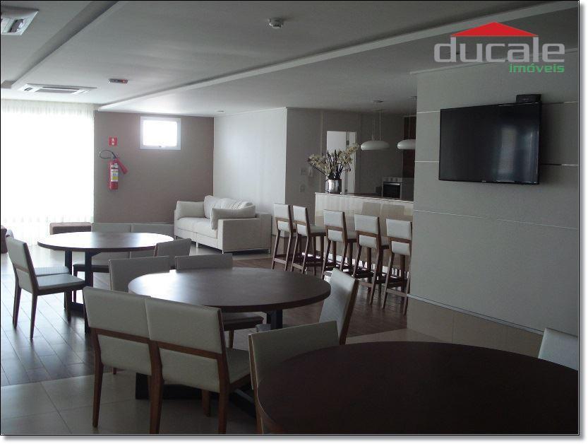 Apartamento residencial à venda, Enseada do Suá, Vitória.